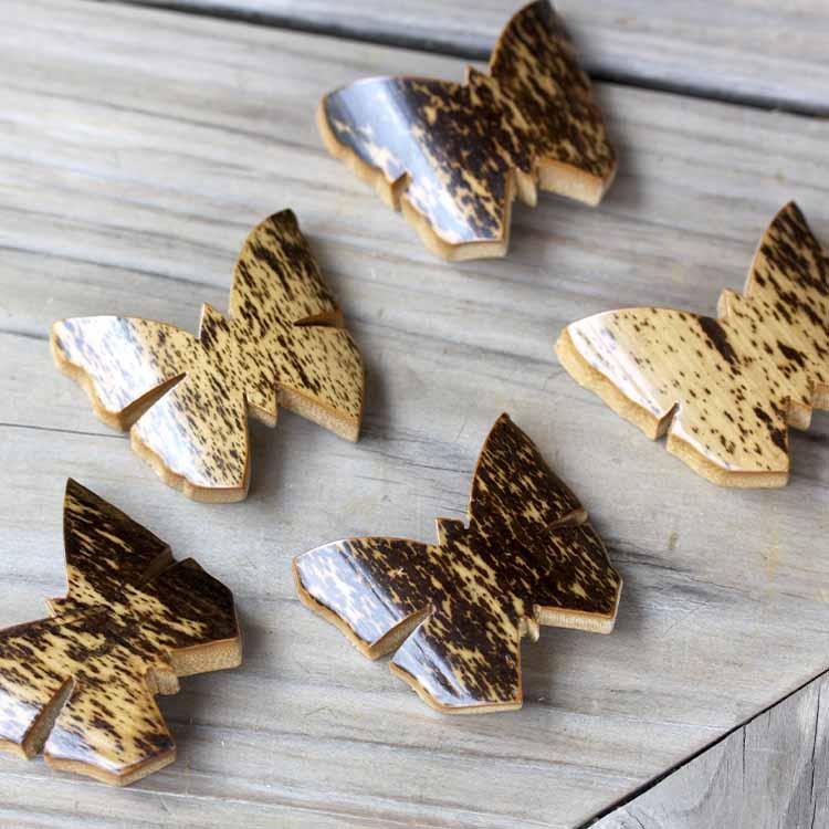 おしゃれな蝶の形 ランキングTOP5 竹の箸置き 創業明治27年老舗竹屋がお届け日本唯一の虎竹蝶箸置き ハイクオリティ