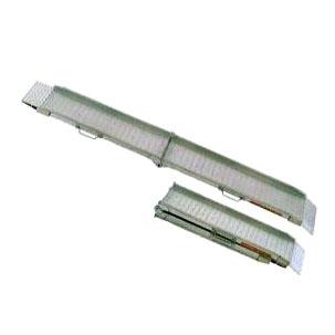 【通販 人気】 0.3t 昭和ブリッジ 0.3t アルミブリッジ 昭和ブリッジ SGW型 踏面スキ間ナシ折りたたみ式 SGW-240-30-0.3S セーフベロ形 1セット 1セット 2本(全長2.4m×有効幅30cm), シラタカマチ:e02a1fed --- essexadvan.co.uk
