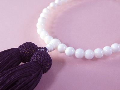 白珊瑚 数珠 女性用 6.5mm玉 長さ25センチ 数珠袋付 桐箱入 (のし等ギフト対応無料 )房は正絹 無染色さんご サンゴ念珠は結納、嫁入り道具としても◎