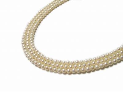 淡水真珠 ネックレス (のし等ギフト対応無料) ポテト型の白い淡水真珠を三連 清楚に首元を彩ります 長さ40センチ シルバー金具 結婚式や卒業式などのフォーマルな場にも
