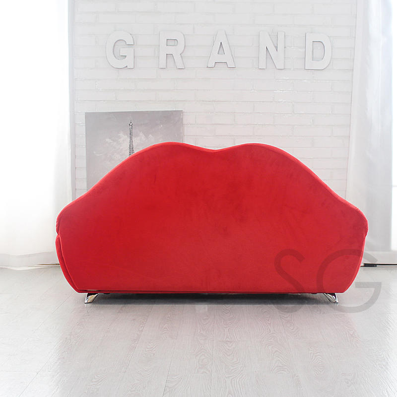 Take Two Lip Sofa Red (postage C); 2588