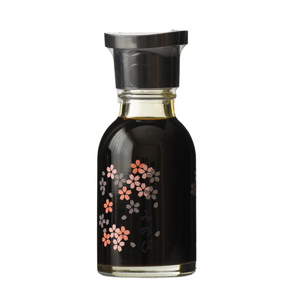 桜の花びらをデザインした可愛らしい醤油さしです。 みのび醤油さし(醤油入り)100ml 【たまりや 岐阜・山川醸造】