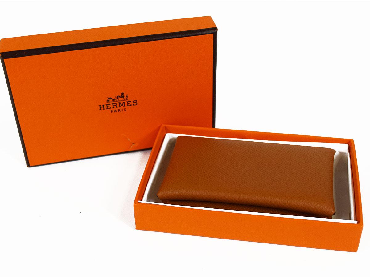【未使用品】Hermes エルメス Calvi カルヴィ 二つ折り カードケース ゴールド エプソン T刻印 2015年製造【送料無料】【代引き無料】30801113