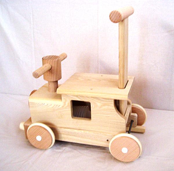 木のおもちゃ 汽車ポッポ プレゼントに♪