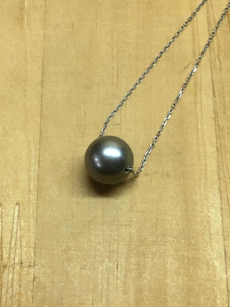 【工房手作り】 黒真珠 Pt850 ペンダント ネックレス 【送料無料】 #208 真珠 パール Pearl アクセサリー ジュエリー プレゼント 贈り物 にも! 特別価格
