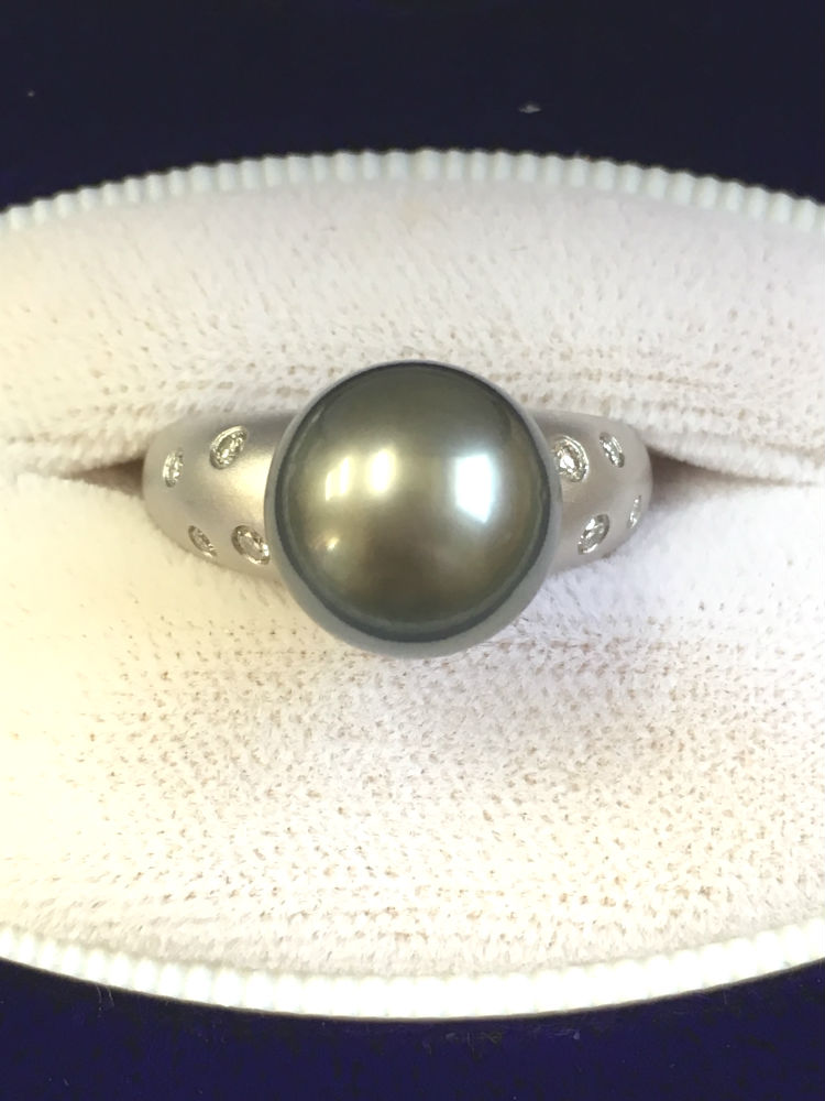 【送料無料】 Pt900 リング タヒチ 黒真珠 ダイヤモンド #142 指輪 プラチナ 黒パール 真珠 パール Pearl ダイヤ Diamond