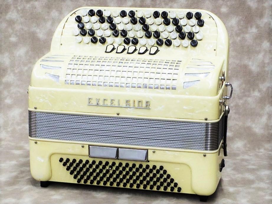 【USED】 Excelsior 606 【アコーディオン】