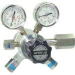 分析機用フィン付二段微圧調整器 NHW1SL NHW1SLTRC/1台【4344812】