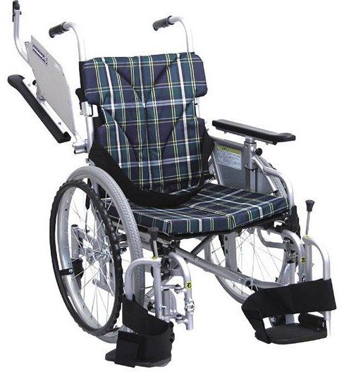 自走用低床型六輪車いす こまわりくん20 KAK20-40B-LO hkz 〔k251721〕 介護用品