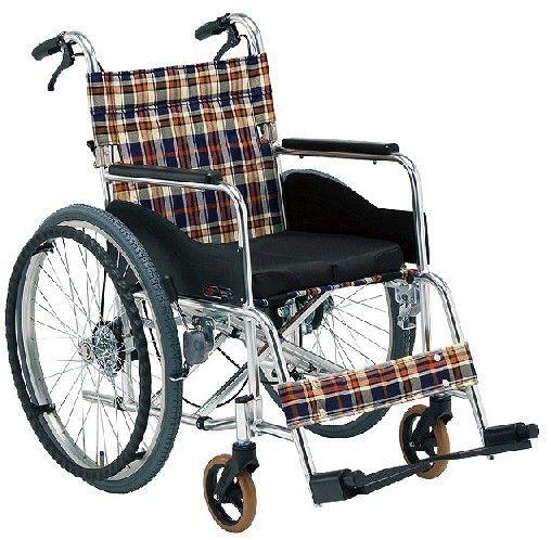 自走用立ち止まり君付車いす 低床タイプ AR-211BT 車椅子 介護用品 hkz