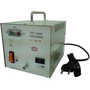 日章工業 ハイクラスダウントランス(AC220V/240V切換、600W) SDX-600【納期目安:3週間】