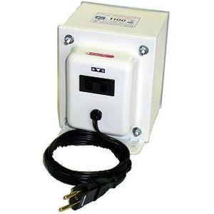 日章工業 アップ/ダウントランス(AC220⇔AC100V、1100W) SK-1100E【納期目安:3週間】