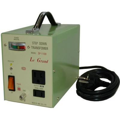 日章工業 ハイクラスダウントランス(AC220V/240V切換、1100W) SP-1100 SP-1100_