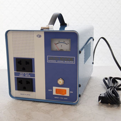 スワロー電機 電圧安定装置170~260V→100V 1000W AVR-1000E【納期目安:2週間】