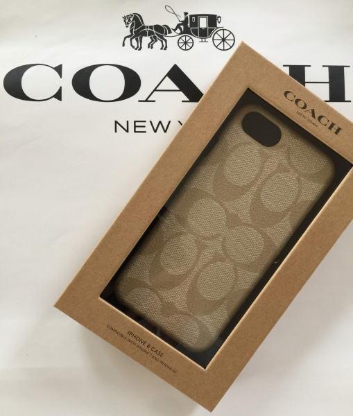 【日本在庫・即発送】COACH コーチ シグネチャー柄 iPhone 8 /iPhone7 ケース アイフォン7/8ケース(兼用) F27296 アイボリー ベージュ系