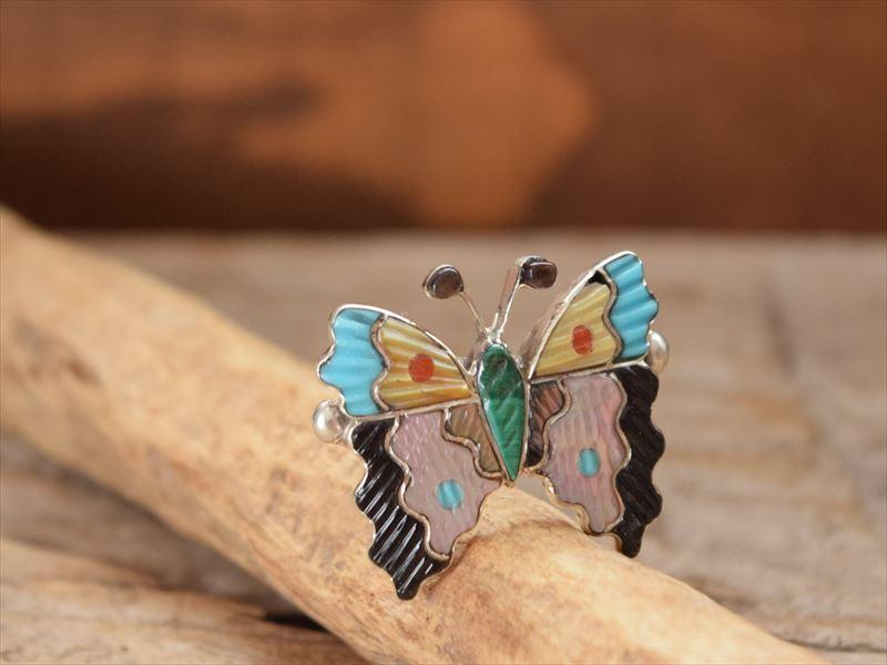 Indian Jewelry ズニ族 マルチストーン(ターコイズ、シェル) バタフライ(蝶) カービング & インレイ リング(14号) by タマラピント