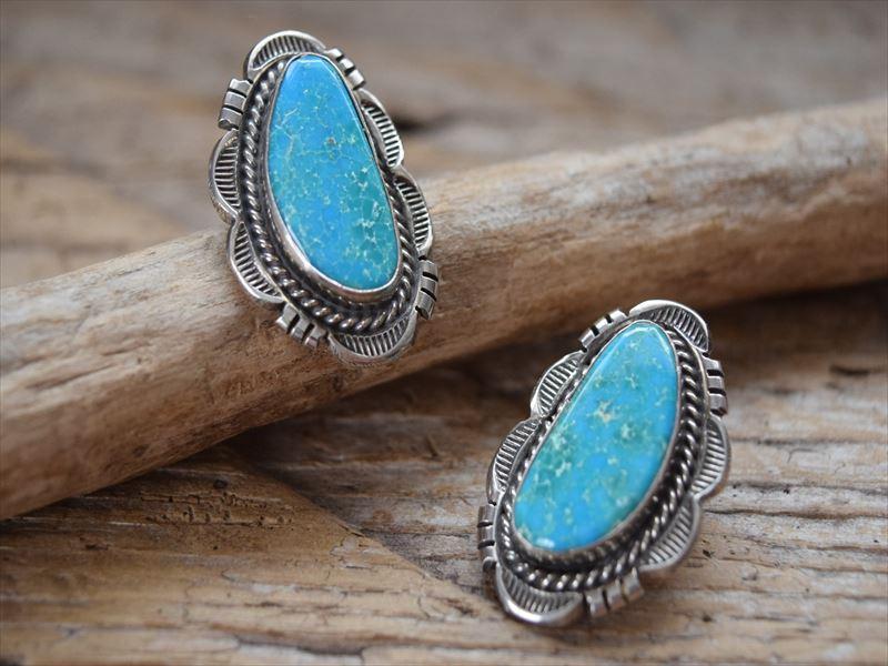Indian Jewelry ナバホ族 Large キングマン ターコイズ ポスト ピアス 1