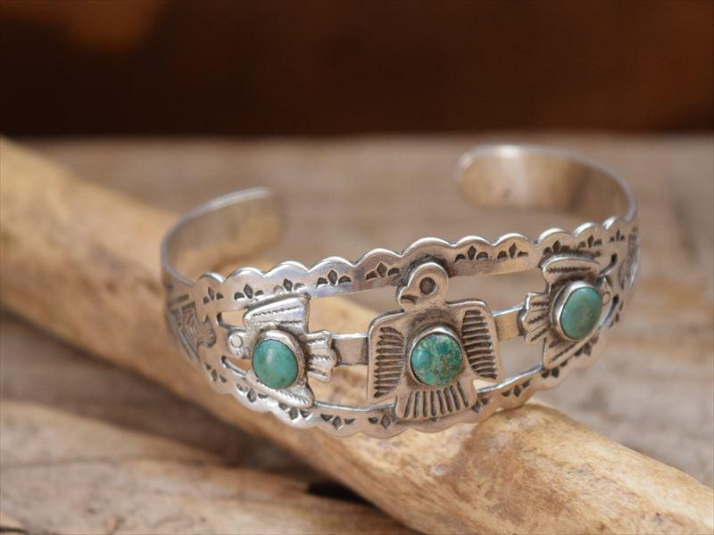 Vintage Indian Jewelry 3サンダーバード & ターコイズ バングル(Fred Harvey era)