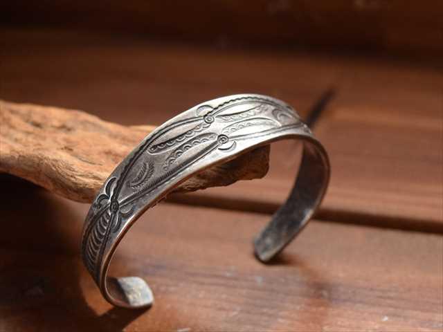 Vintage Indian Jewelry ナバホ族orプエブロ インゴット シルバー Stamped バングル お礼 キャッシュレス5%還元対象 新居祝い 子どもの日