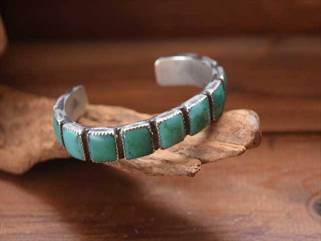 新作人気モデル Vintage Indian ネイティブ Jewelry ナバホ族 ナバホ族 Jewelry 11連ターコイズ インゴット シルバー バングル ネイティブ アメリカンアクセサリー, 表装の詠智会:00550ef7 --- inglin-transporte.ch