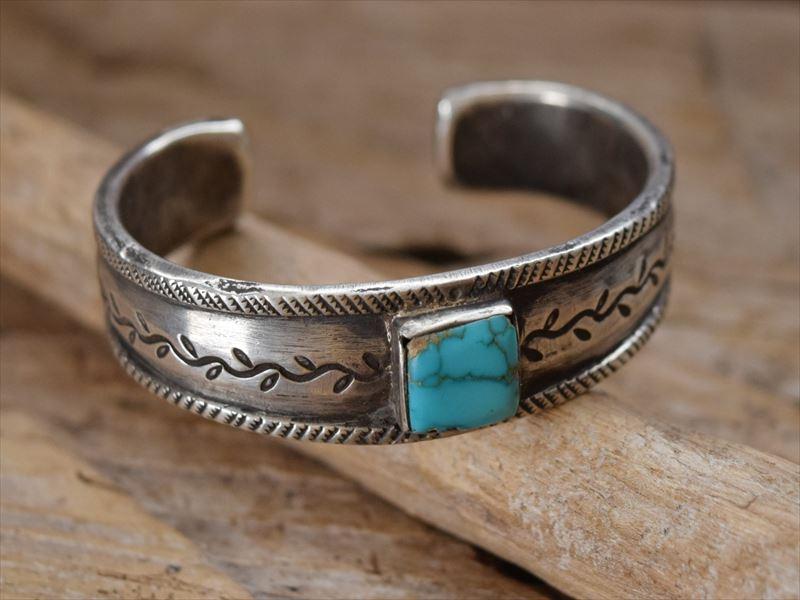 Indian Jewelry ジョックフェイバー(Jock Favour) ファイル&チゼルワーク ターコイズ バングル