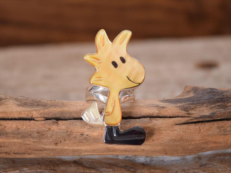 インディアンジュエリー ズニ族 ポーラ・リーキティ(Paula Leekity) ウッドストック(Wood Stock) モチーフ キャラクター リング (13号)