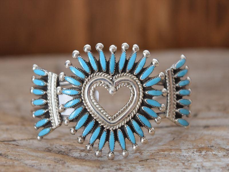 Indian Jewelry ズニ族 Dan Etsate ニードルポイント クラスター ハート バングル