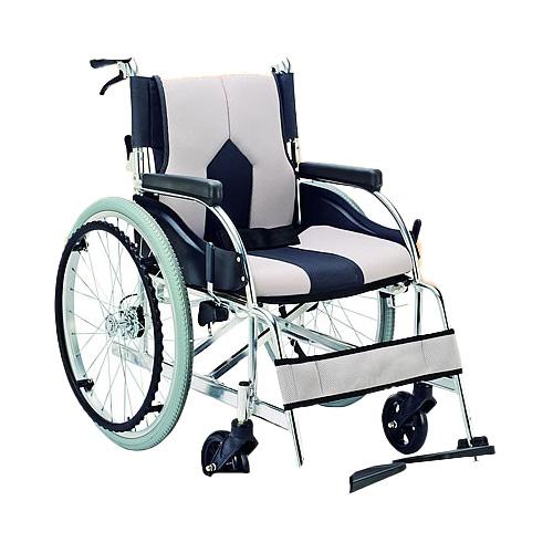 車椅子 軽量 折り畳み アルミ自走用車いす(クッション付車イス) (車椅子 車いす 車イス 送料無料 座幅 自走用 折り畳み 折りたたみ  介護用品 高齢者用 老人用)【敬老の日 プレゼント ギフト】