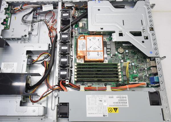 IBM System x3250M3 XeonX3460 2 8GHz 6GB 73GB 2 RAID DVD2016102HIW9ED2