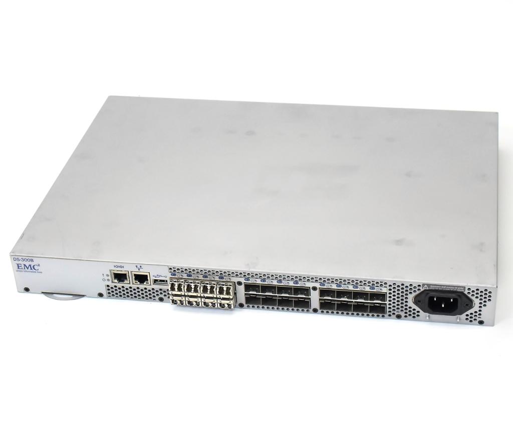 EMC DS-300B (Brocade 300 OEM) Fabric OS v6.3.2b 8ポート8Gライセンス Enhanced Group Management 設定パスワード初期化済 【中古】【20190409】