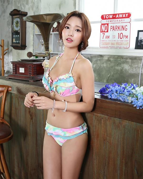 也對供泳衣女士電線比基尼連衣裙3分安排喇叭形管子最高層褶邊體型kabamamahorutanekku女性使用的大人女人的孩子小胸而言正好的電線海灘遊泳池夏天