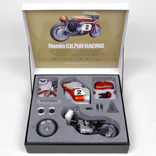 タミヤ コレクターズクラブ・スペシャル No.23210 1/6 Honda CB750 レーシング(セミアッセンブルモデル)