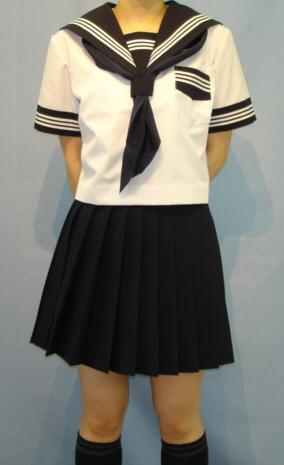 SH64衿 袖カフス ご予約品 P 白3本線夏半袖セーラー服: 訳あり 胸当紺色