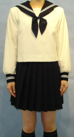 W29アイボリー色セーラー服紺衿・カフス 胸当付き白2本線