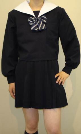 W14白衿紺セーラー服白衿がオシャレ!