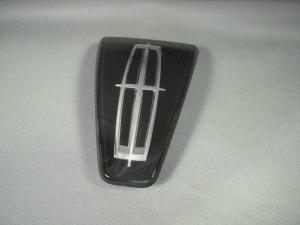 フォード リンカーン ナビゲーター 純正 新品 2002-2006年 グリルエンブレム 新発売 [正規販売店] FORD