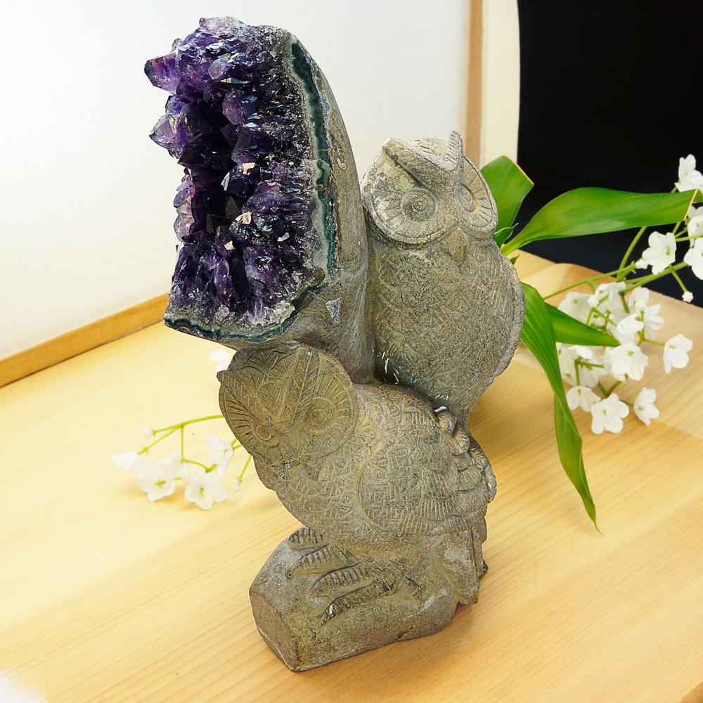 激レア! アメジストと熔岩石のコラボ 手彫り 彫刻 フクロウ 1808g 天然石 パワーストーン インテリア 置物 雑貨 おしゃれ パープルカラー グレーカラー