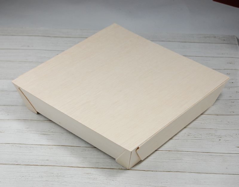 美しい白木で作った容器 エコウッド 容器 FA-440B 角型 木ふたタイプ 木 新品未使用正規品 お弁当箱220×220×高さ49ミリ 清潔感 弁当 白木 お菓子 オーガニック ファルカタ 使いやすい にもおすすめ 送料無料 激安 お買い得 キ゛フト 雑貨