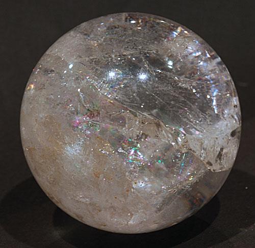 【鉱物】水晶丸玉 レインボークォーツ337g
