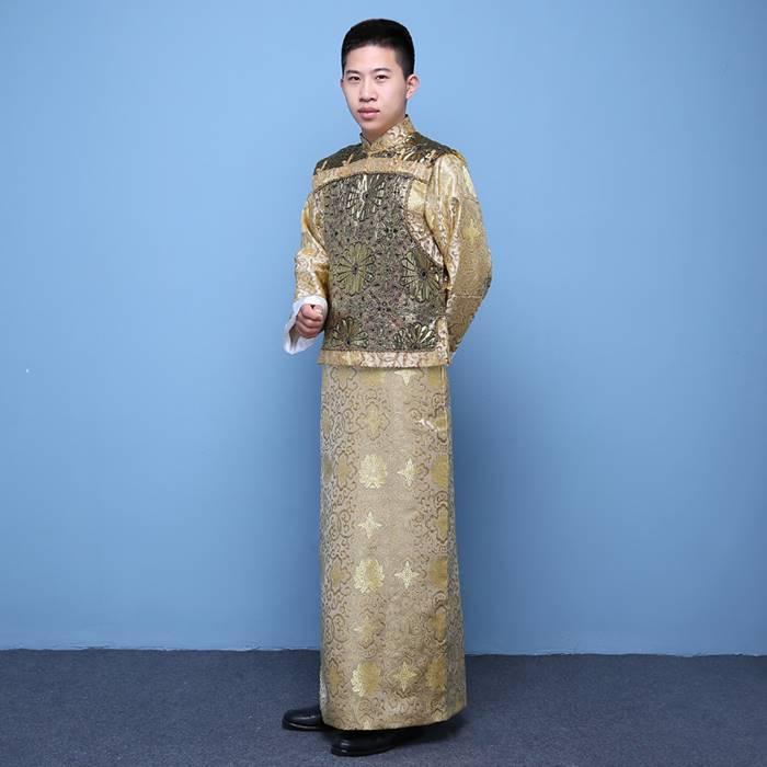 中国清朝服 古装古代地主服 長袍(チャンパオ) サテン地 金色