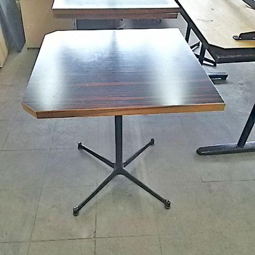 【中古】2人掛けテーブル 幅650×奥行650×高さ720 【送料無料】【業務用】
