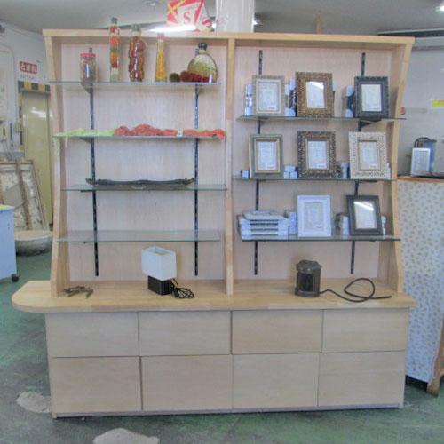 【中古】特注木製飾り棚 幅2000×奥行450×高さ1950/業務用/送料別途見積