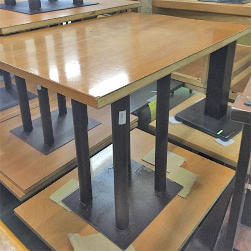【中古】NA4本脚テーブル 幅800×奥行600×高さ700 【送料無料】【業務用】