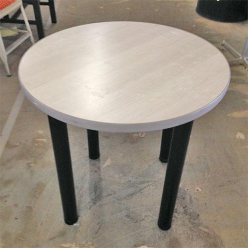 【中古】ホワイト丸テーブル 幅750×奥行750×高さ720 【送料無料】【業務用】