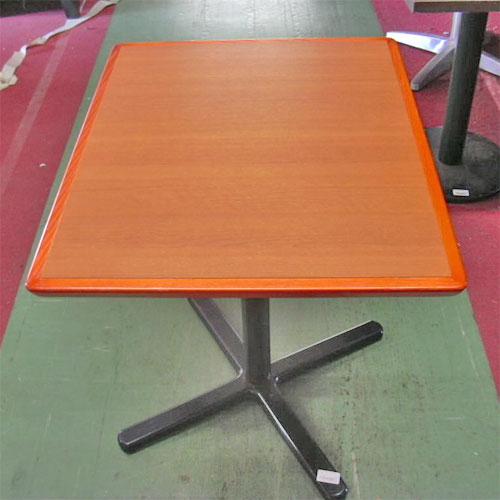 【中古】洋テーブル 幅600×奥行750×高さ690 【送料別途見積】【業務用】