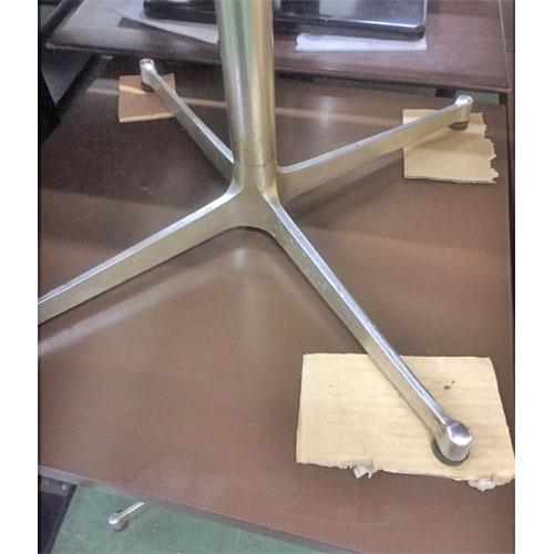 【中古】ブラウンテーブル 十字レッグ 幅600×奥行600×高さ650 【送料無料】【業務用】