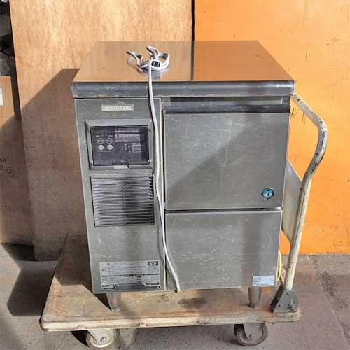 【中古】チップアイス製氷機 100kg ホシザキ CM-100K 幅600×奥行600×高さ850 【送料無料】【業務用】【厨房機器】