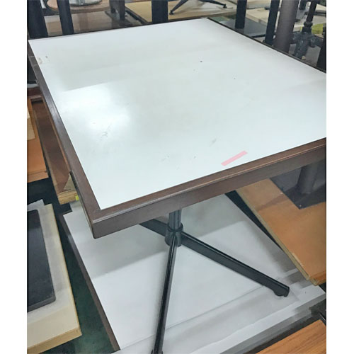 【中古】茶木縁白テーブル 幅750×奥行600×高さ730 【送料無料】【業務用】