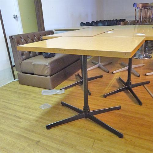【中古】洋風テーブル 幅800×奥行600×高さ700 【送料別途見積】【業務用】