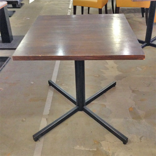 【中古】洋風テーブル 幅700×奥行700×高さ715 【送料無料】【業務用】